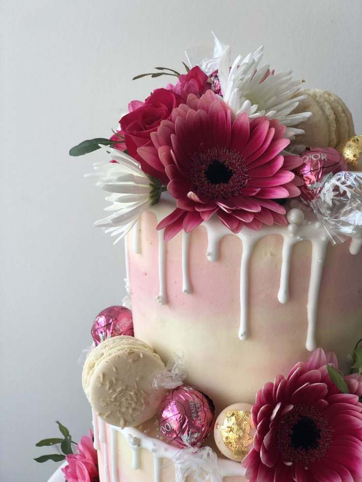 Marbled Buttercream Cake With Fresh Flowers