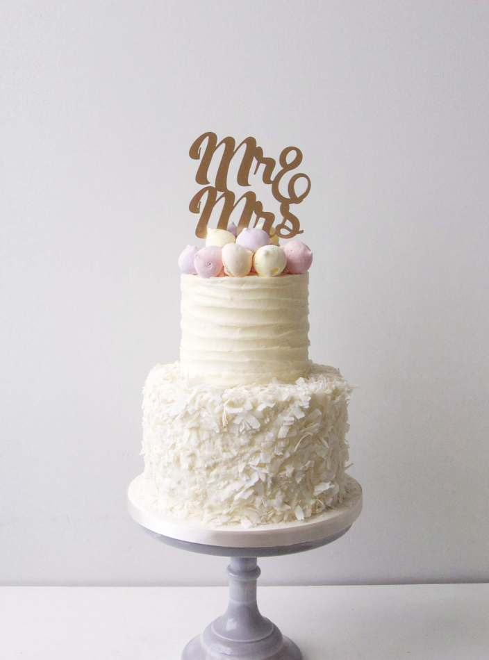 meringue wedding cake meringue kisses wedding cake 17263