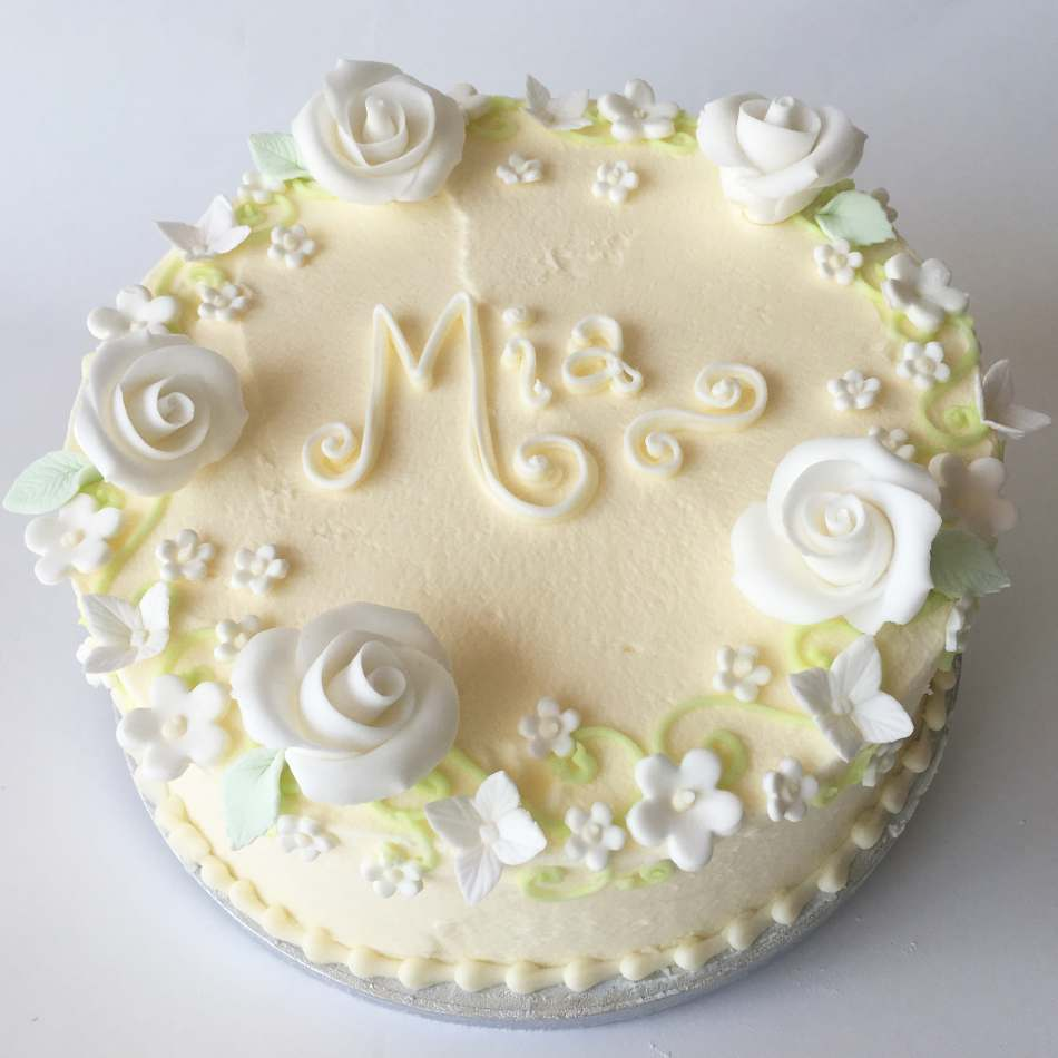 Butter Icing Cakes For Ladies