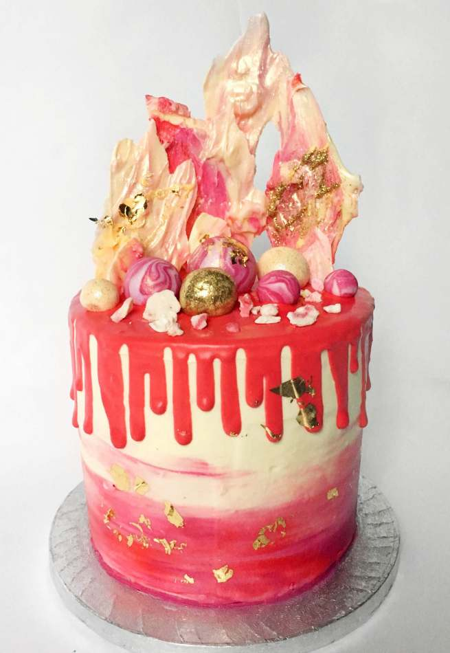 Pleasing Hot Pink Fantasy Valentines Cakes Funny Birthday Cards Online Overcheapnameinfo