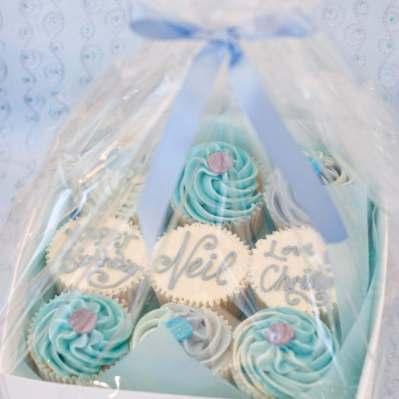 blue cupcake box