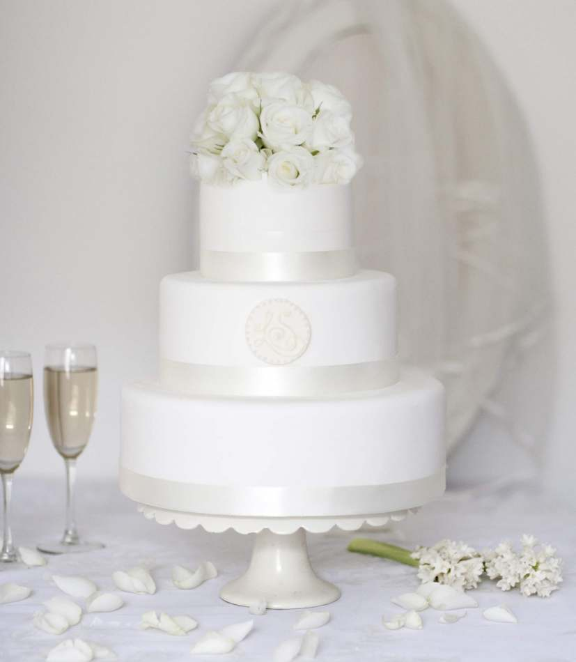 wedding cakes price range monogram buy wedding cake wedding cakes 8912