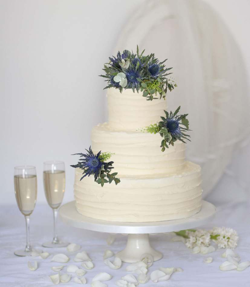 Buttercream Wedding Cakes.Simply Buttercream
