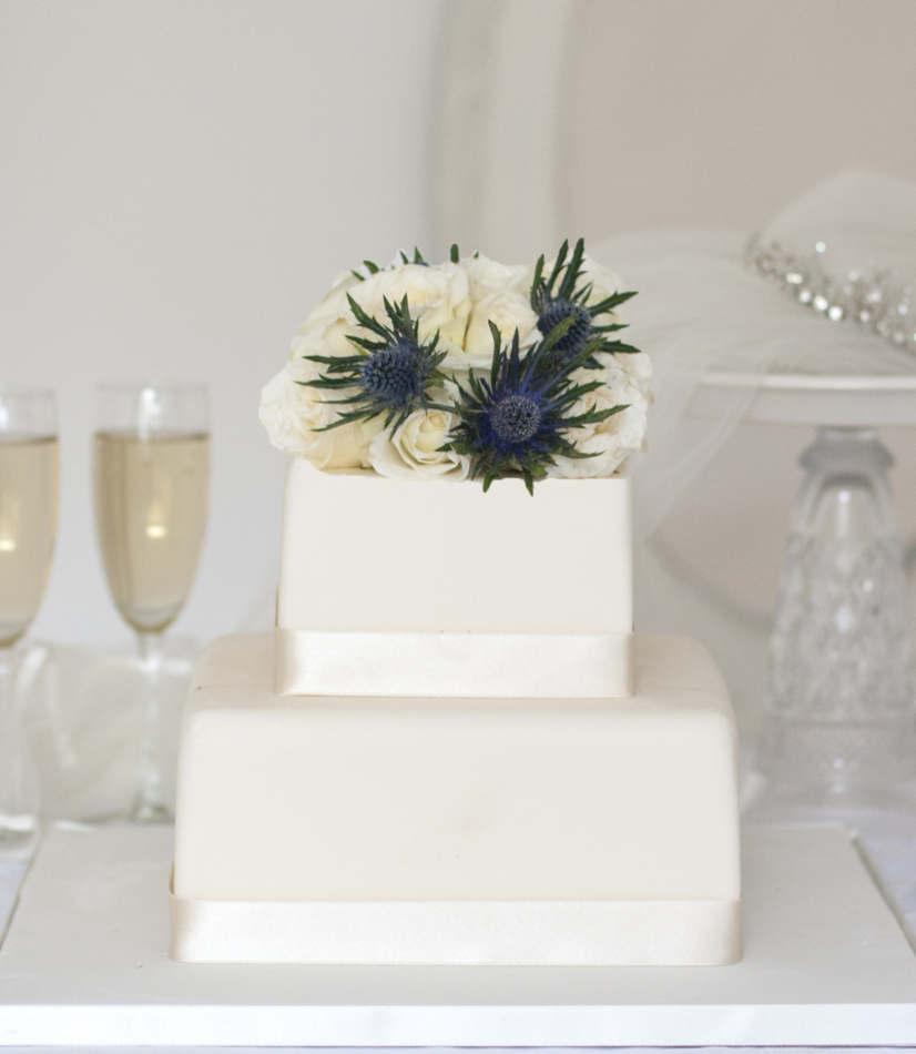 square buy online wedding cake wedding cakes. Black Bedroom Furniture Sets. Home Design Ideas