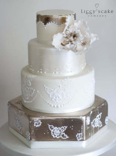 Champagne gold brush embroidery wedding cakes